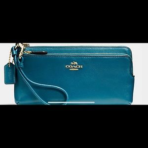 Teal Coach wristlet and wallet